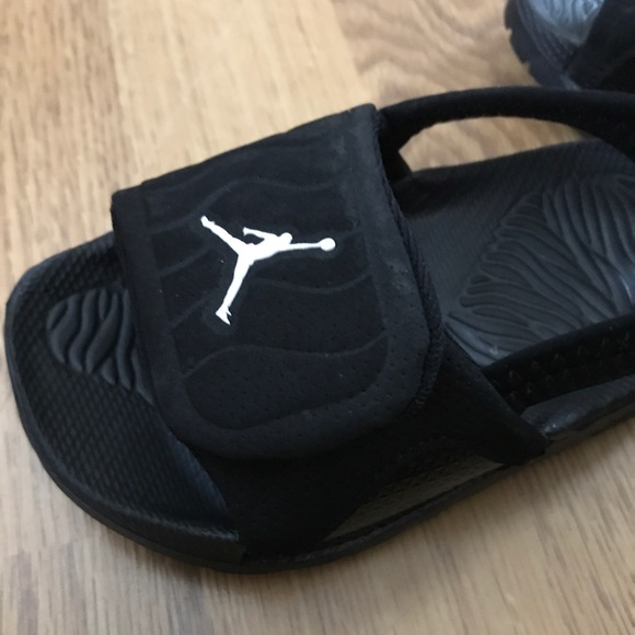 best website 2280f 5b6d6 Toddler Jordan Sandals Size 8C